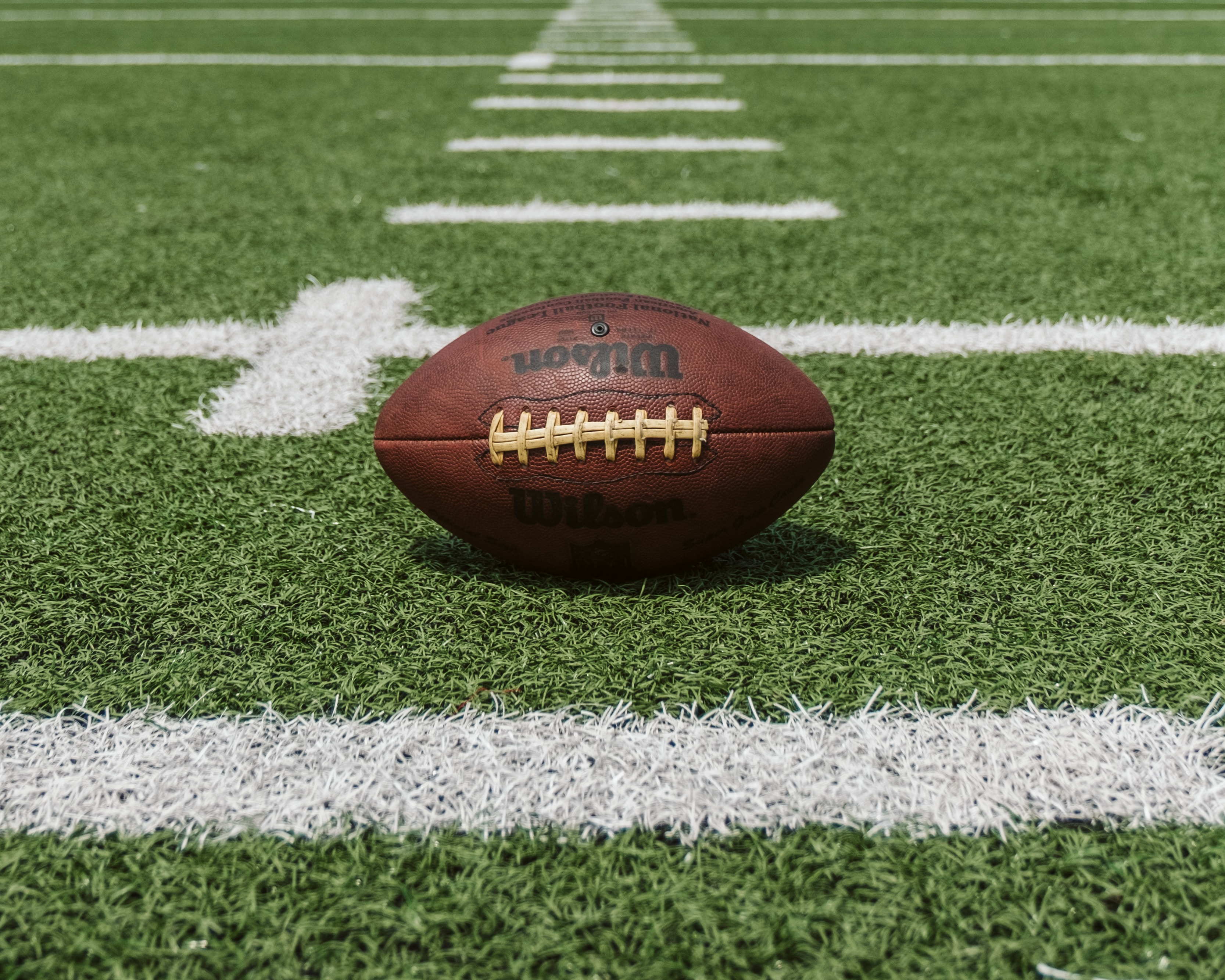 4 Tips to Save on Your Super Bowl Party